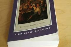 Books / literature: Moll Flanders, Defoe Daniel, Norton critical Edition, 2004.